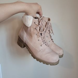 "Girls blush pink ""work boot"" with faux fur"